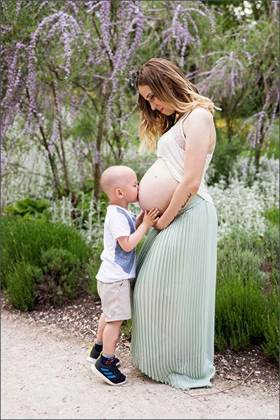 Schwangerschaftsbilder mit der Familie
